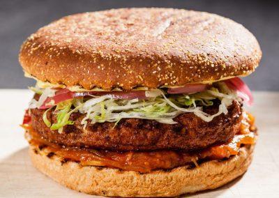 Fiskeburger med tomatchutney og dild